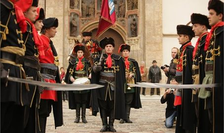Croatia zagreb events kravat-regiment guard change 001.jpg