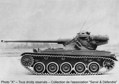 AMX-13-75-Light-Tank-Modèle-51.jpg