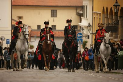 Croatia zagreb events kravat-regiment guard change 005.jpg